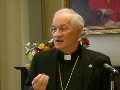 Kardinal Ouellet afviser muligheden for, at fraskilte gengifte kan modtage kommunion. Foto: Wikimedia
