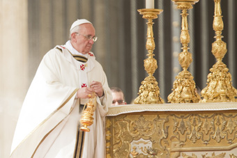 Pave Frans om kampen mellem gode og onde kræfter i universet