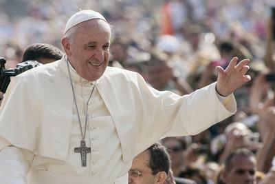Pave Frans: Der er grænser for ytringsfriheden