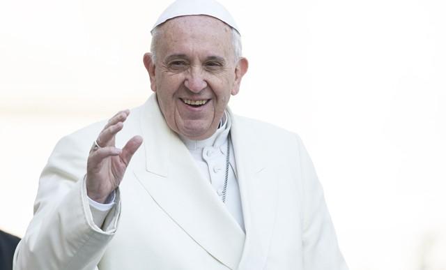 Pave Frans: Kristne ægtepar skal vidne om den sande familie