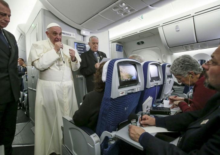Pave Frans bekræfter grundlæggende ændringer i Kirkens praksis vedrørende kommunion til fraskilte gengifte