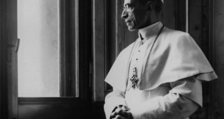 """Endnu et opgør med myten om """"Hitlers pave"""""""