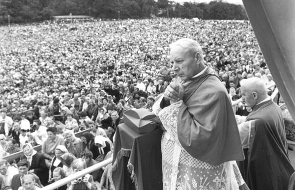 Kardinal Wyszyński (1901-1981) på vej mod saligkåring