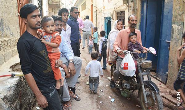 Pakistan: Ingen hjælp til kristne corona-ramte