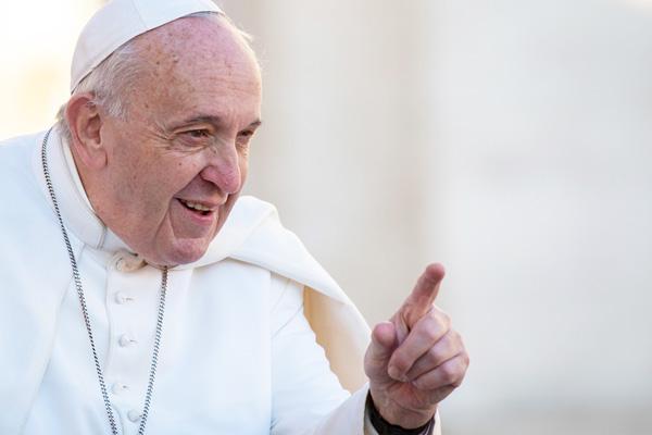 """Pave Frans: """"Udslet ikke et menneskeliv for at løse et problem!"""